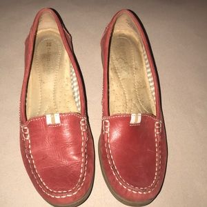 EUC red Naturalizer loafers. Size 7